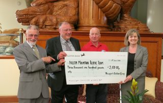 The 2015 Black Mountain Roundabout cheque presentation